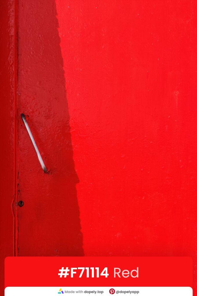 Red door photo by dopely.top