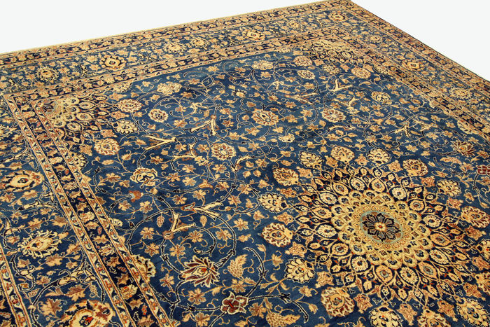 The blue and yellow pattern of this Persian carpet brings a sense of calm and happiness
