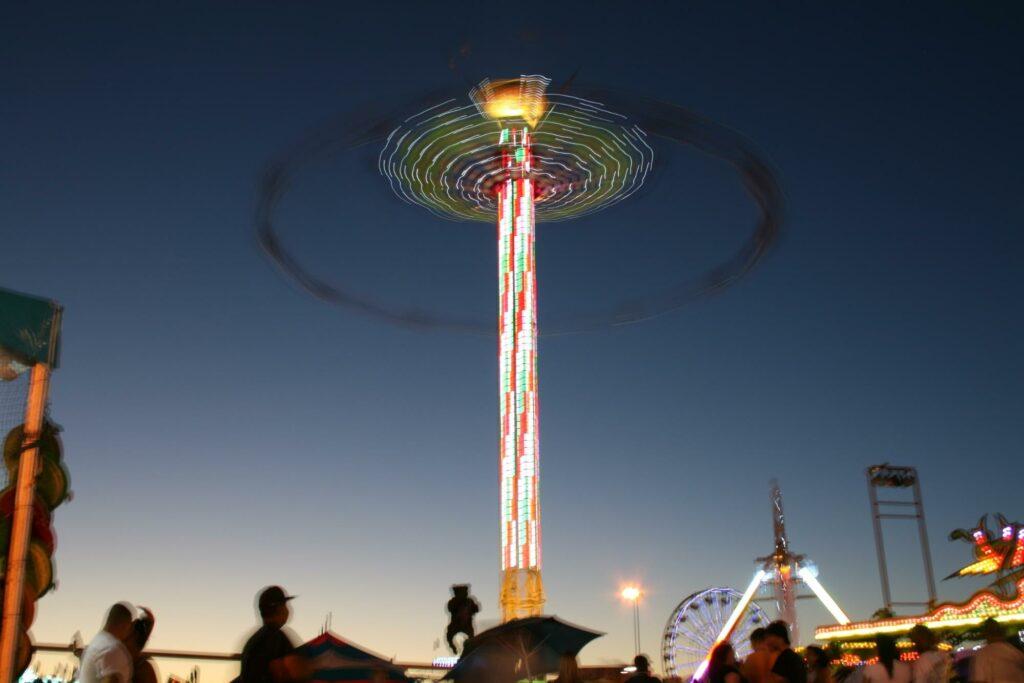long exposure photography of an amusement park