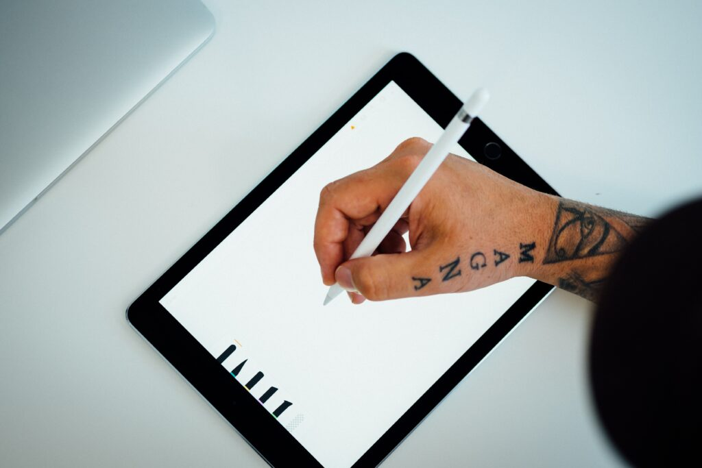 a tablet for beginners in digital art