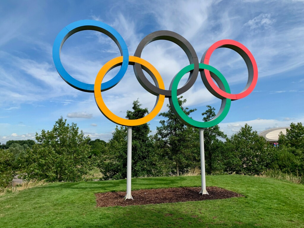 five rings of Olympic symbol with colors red, green, black, yellow, blue