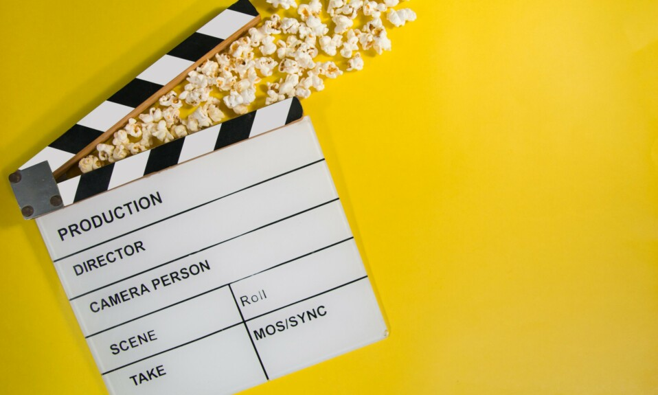 colors in movie titles, cinema logo on yellow surface