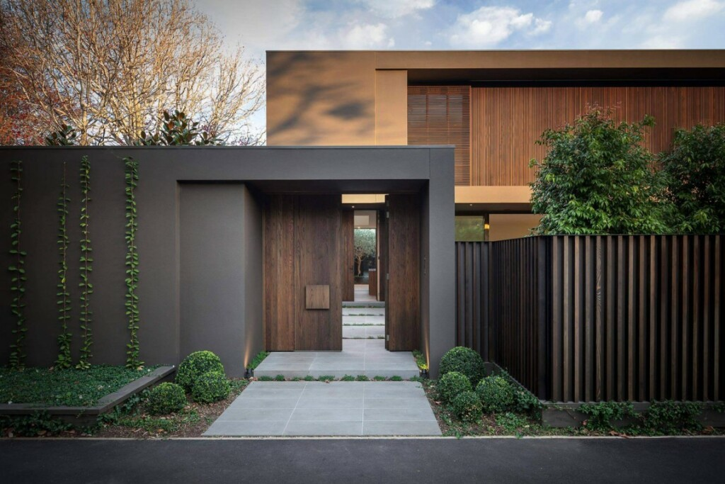 Brown color in modern architecture