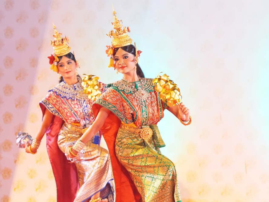 tow Thailand's girls wearing traditional dresses