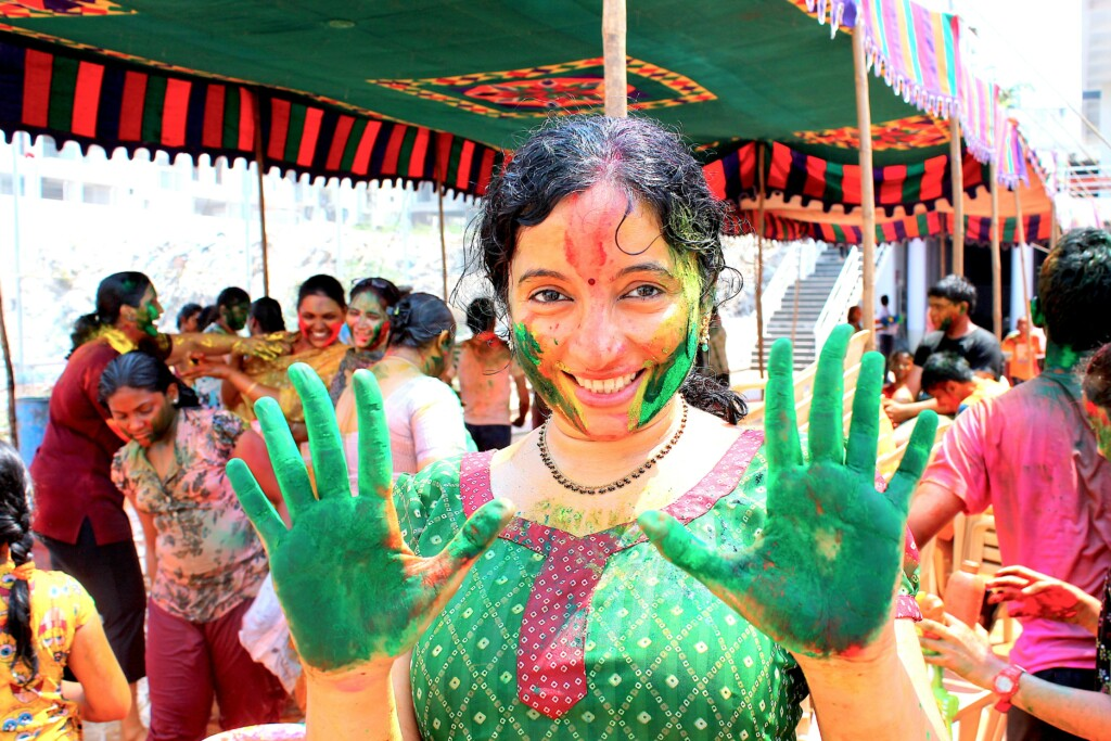 Deccani brides wear green in indian culture because they believe green as a sign of fertility.